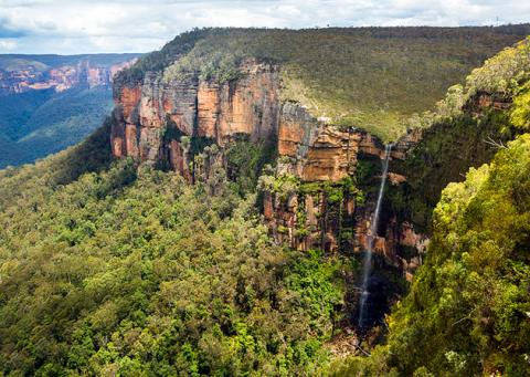 australia-blue-mountains-national-park-govetts-leap-lookout.jpg