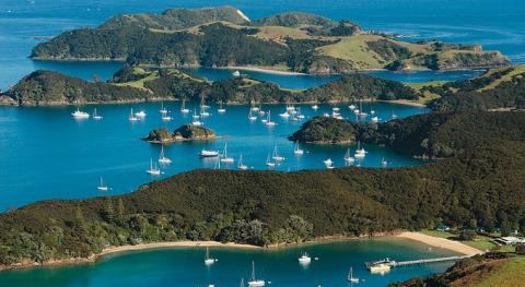 bay_of_islands_new_zealand.jpg