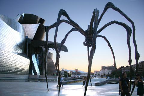 bilbao_guggenheim_spider.jpg