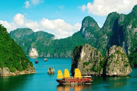 Vietnam_sigling_Hanoi_halong_bay_029.jpg