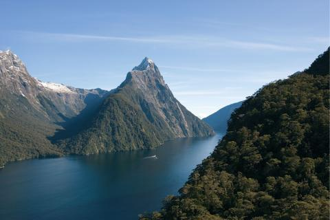 newzealand_fiordland_1.jpg
