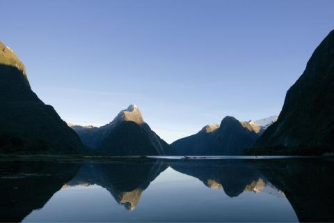 newzealand_scenicview_1.jpg