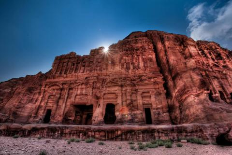 petra_-_royal_tombs.jpg